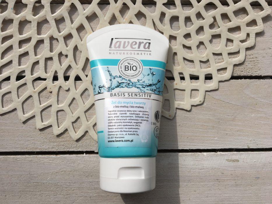 naturalny żel do mycia twarzy Lavera
