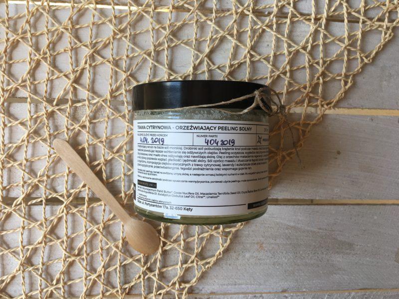 Orzeźwiający peeling solny trawa cytrynowa Sape