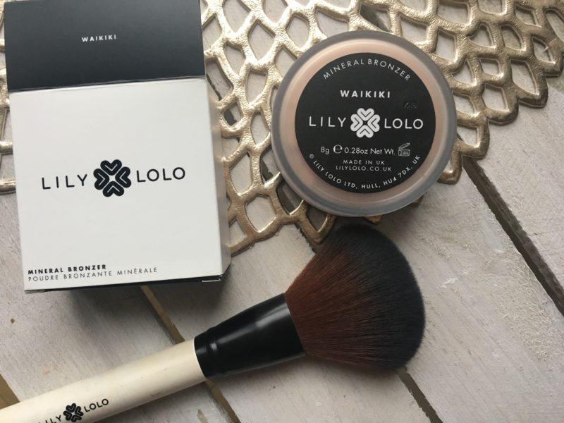 Mineralny bronzer LILY LOLO