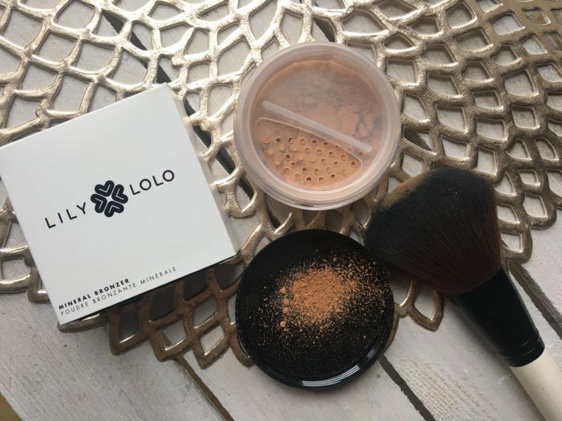 Mineralny bronzer LILY LOLO